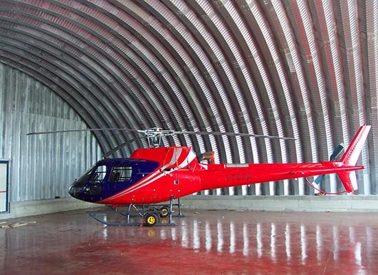 hangar per elicottero