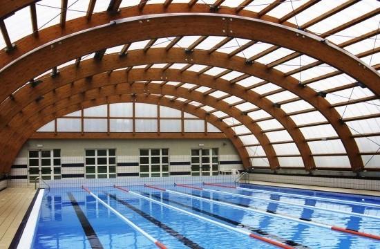 la copertura di una piscina...