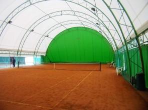 la copertura di un campo da tennis...